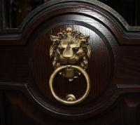 Изготовление и установка эксклюзивных металлических дверей из массива дуба по индивидуальному заказу в г. Мытищи